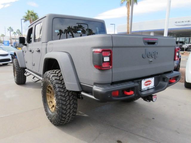Pre-Owned 2021 Jeep Gladiator Rubicon Custom