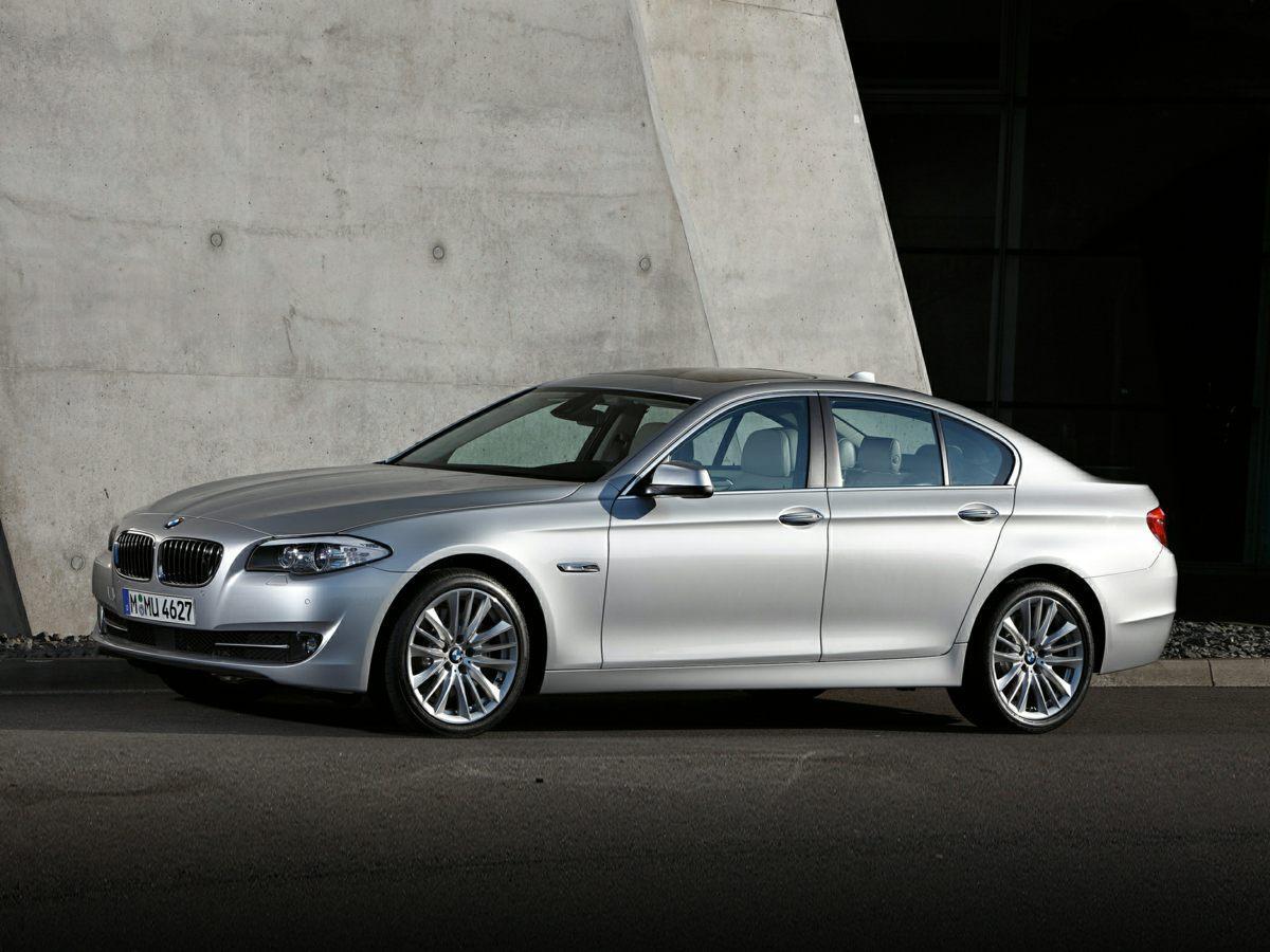 Pre-Owned 2013 BMW 5 Series 528i xDrive
