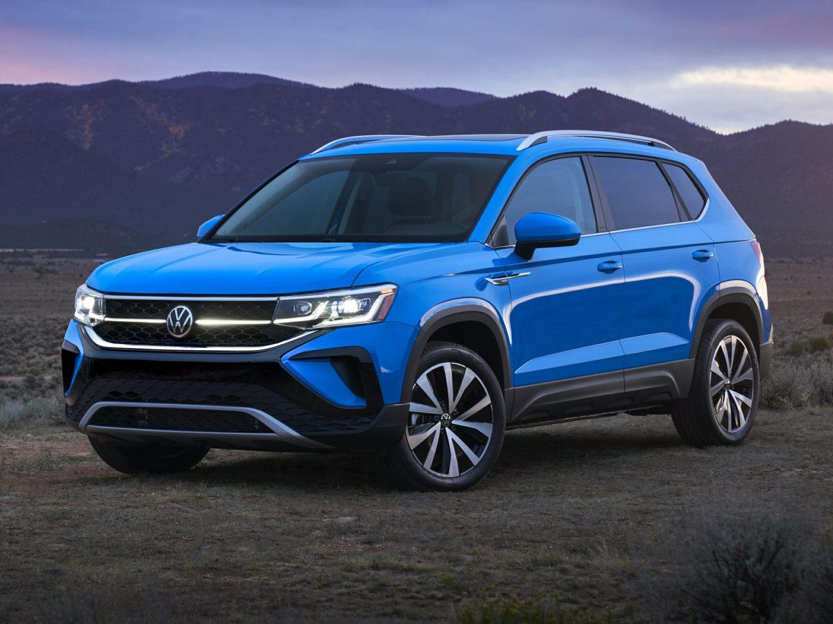 2022 Volkswagen Taos SE with 4MOTION®