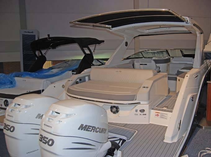 New 2020 SEA RAY SLX 310 OB