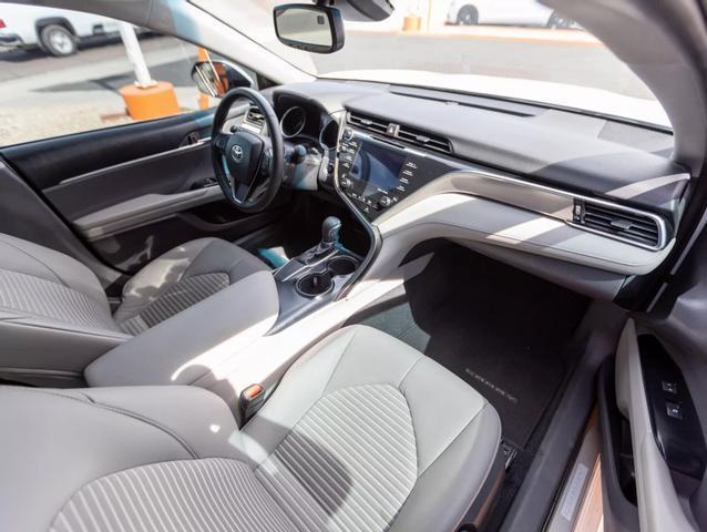 Pre-Owned 2018 Toyota Camry SE Sedan 4D